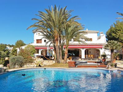 Photo for Wonderful private villa with hot tub, private pool, A/C, WIFI, TV, washing machine and parking