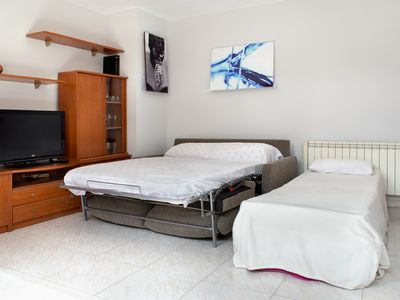Photo for Penthouse 1/6 pers central Jaca near ski slopes