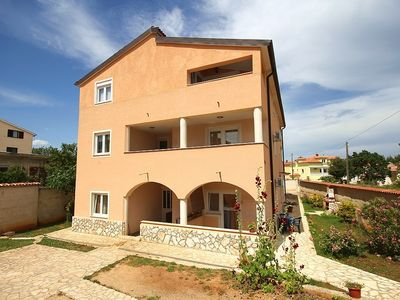 Photo for 1BR Apartment Vacation Rental in Ližnjan, Istrien