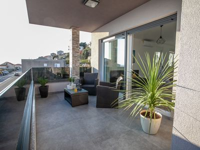 Photo for Two bedroom apartment with roof terrace