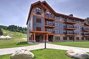 NEW! Ski-In/Ski-Out Condo by Cranmore Mtn. Resort!