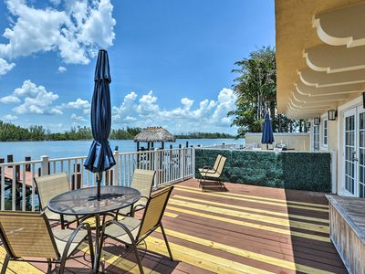 Photo for Hollywood House on Intracoastal Waterway w/Dock!