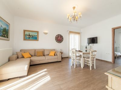 Photo for Luxury Apartment Panos in the centre of Naousa