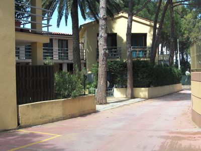Photo for Fantastic Holiday Apartment Close to the Beach with Air Conditioning and Terrace; Pets are Allowed