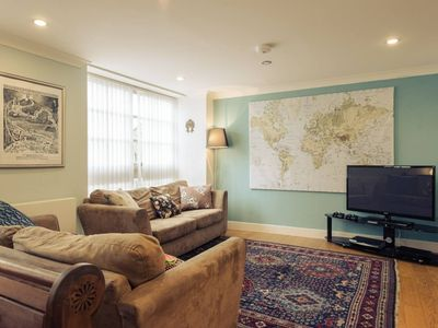 Photo for Beautiful 2 Bed 1 Bathroom central London apartment