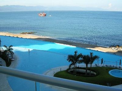 Photo for Puerto Vallarta, Paradise Awaits, Beachfront Condo Peninsula
