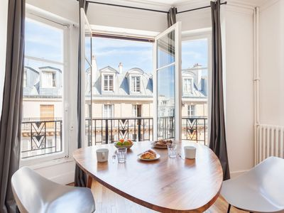 Photo for Stunning 1 bedroom flat in St Michel - Notre Dame