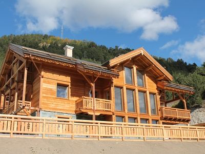 Photo for Chalet Premium with indoor pool and jacuzzi