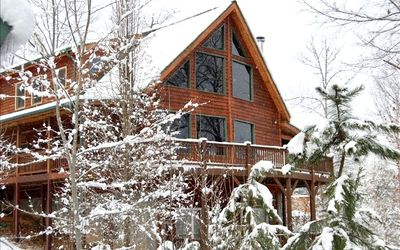 Cardinal Lodge- Book NOW for Fall Family Fun with Front Porch Mountain Views!!!