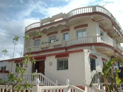 Photo for Luxurious Large Family Villa - Minutes to beach, Non Complex-Quiet setting