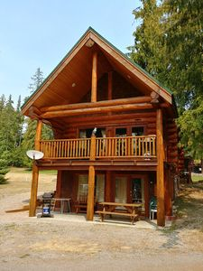 Photo for Kootenay Lake (Gray Creek, BC) - Log Home Cabin