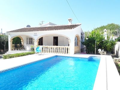 Photo for Villa in OLIVA with pool and beach