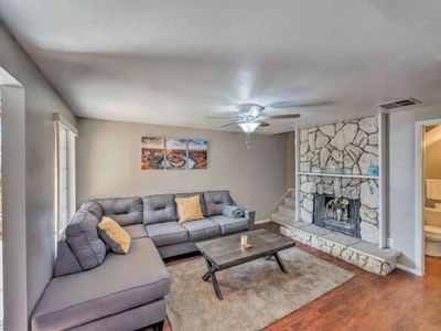 Photo for Attractive Apartment w/ Hot Tub Near Lake Powell