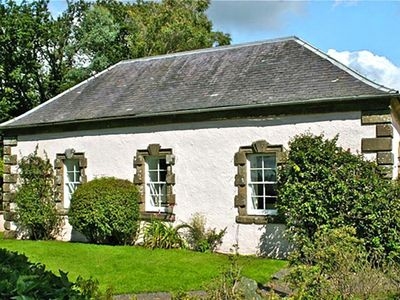 Photo for holiday home, Rothesay  in Westliche Highlands - 4 persons, 2 bedrooms