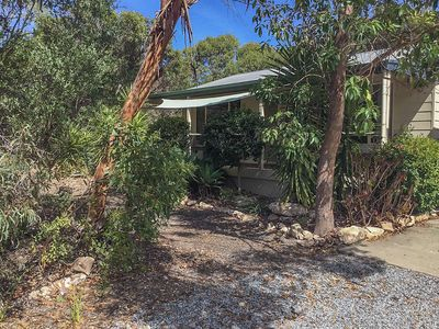 Photo for Currawong is a relaxing quiet, secluded 2 bedroom cottage with fully fenced private yard offerings s