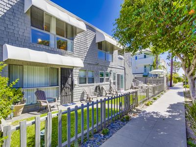 Photo for Newly Renovated 2 Bed 2 Bath Condo, Steps To Bay And Ocean!