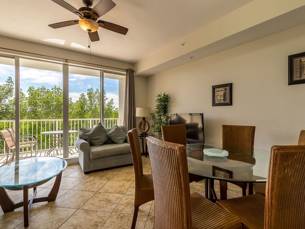 gulf access 3 bed 3 bath town home u 3238 o homeaway rh homeaway co uk 3 Bedroom House Exterior 3 Bedroom House Exterior