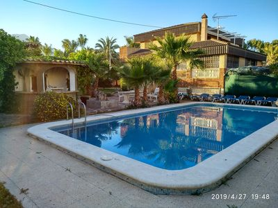 Photo for Villa in Benidorm, Private Pool, Walking Distance to City Centre and Beaches