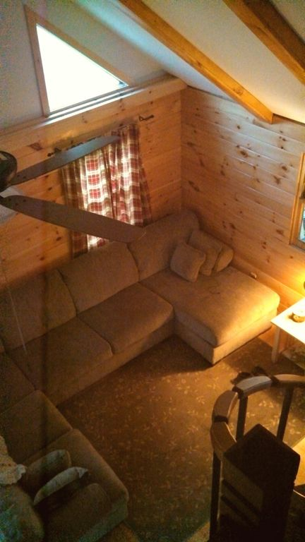 Grey's Getaway Cabin#1 Awesome  Finger Lakes , pet friendly, beautiful nature