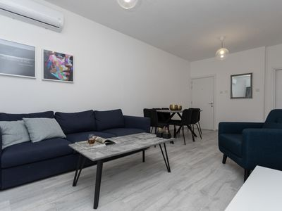Photo for Allure Luxury 2/Bedroom Central Apartment