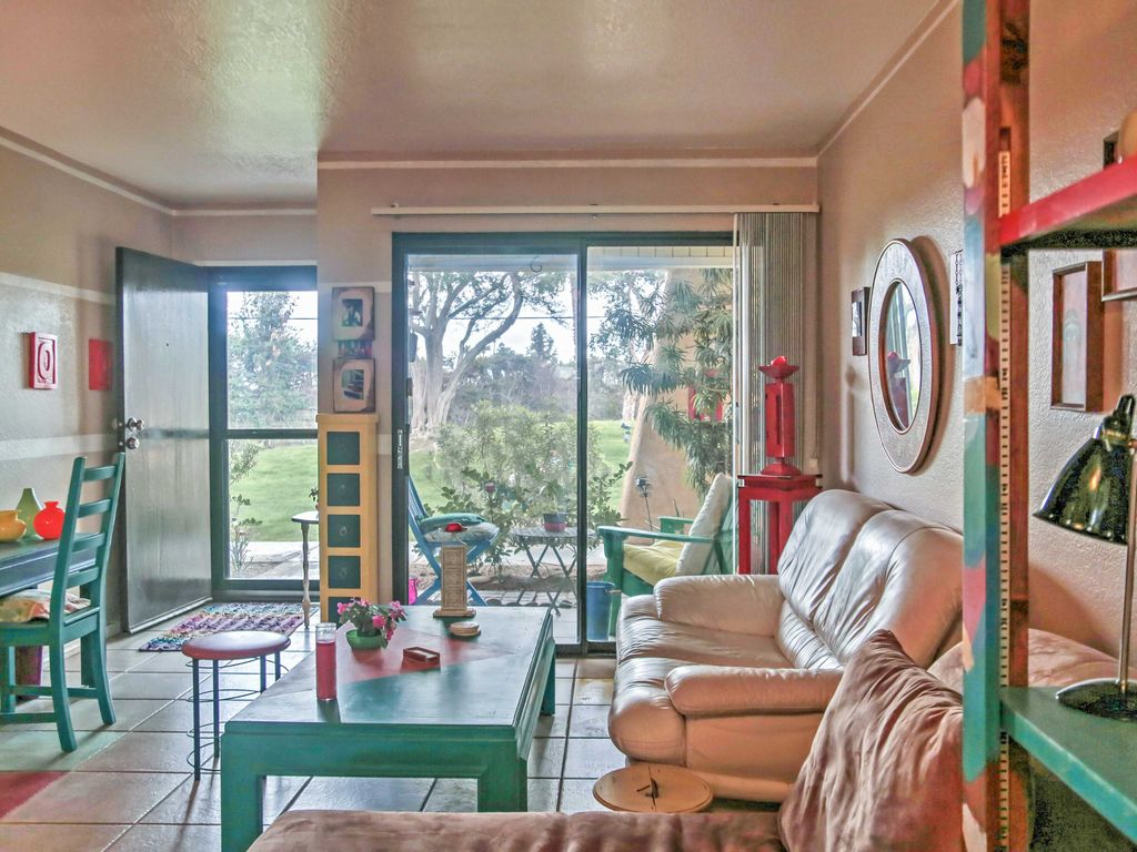 The cozy condo boasts 600 square feet of colorful living space. NEW  Cozy 1BR Palm Springs Condo w  Pool      HomeAway Palm Springs