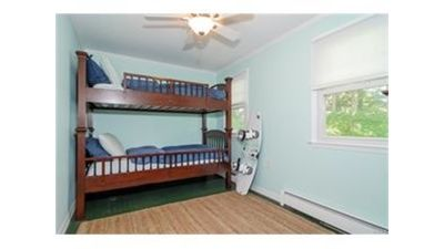 Kids room, bunks can be separated