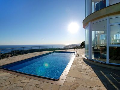 Photo for Beautiful private villa with WIFI, hot tub, private pool, TV, balcony, pets allowed and parking
