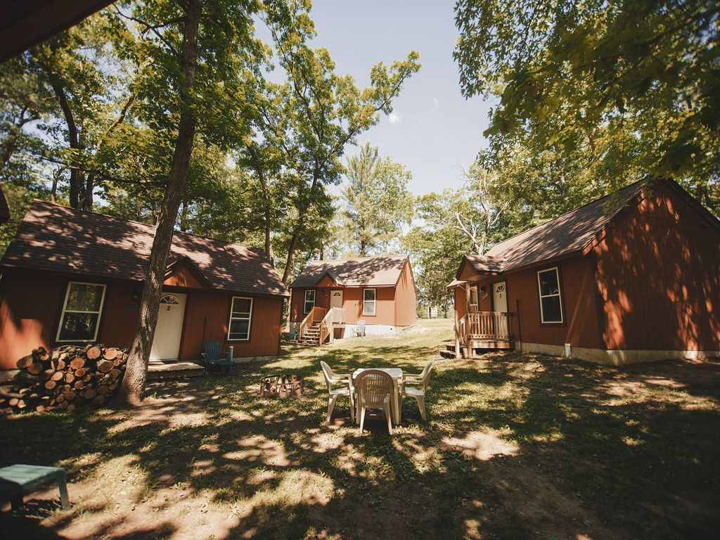 campgrounds in s dells cabins resort wisconsin bear camp rental bookyoursite yogi