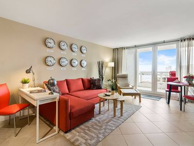 Downtown Miami 2252 | Premium 1BR Waterfront Condo | Free Valet Parking
