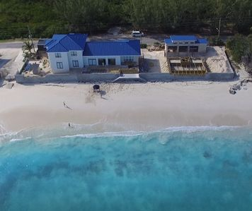 Welcome To Sandy Bum Relax In Luxury On TarBay Beach (4 Bedroom Listing)