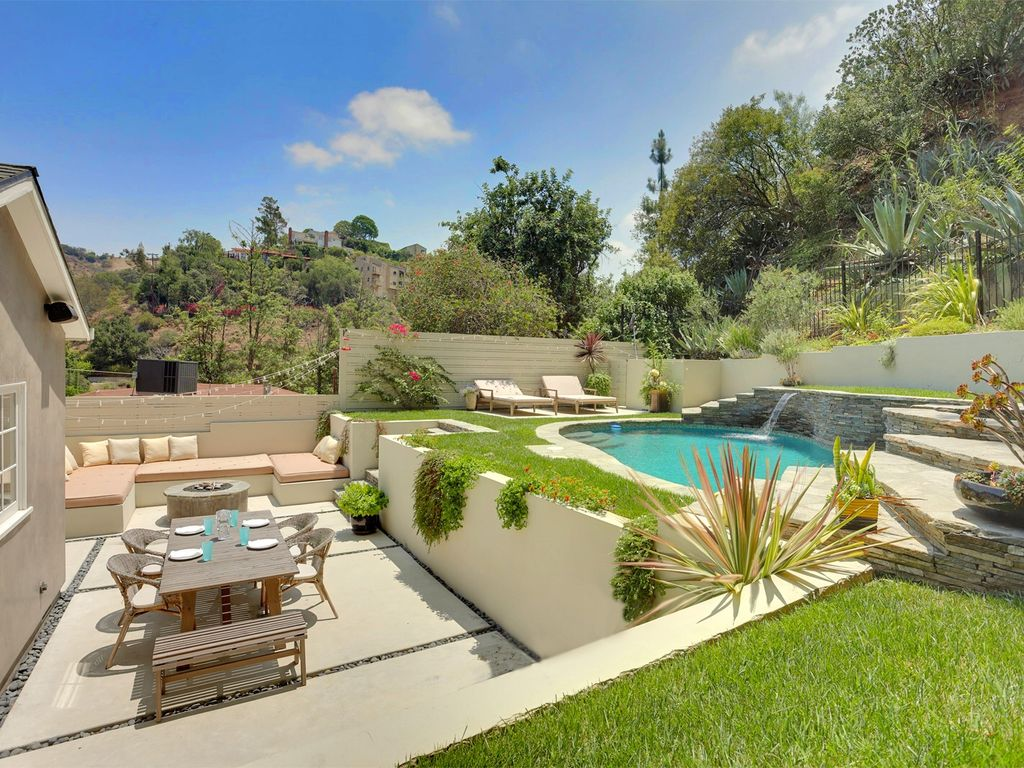 private estate like dream in the hollywood vrbo