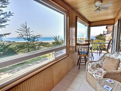 That View! - #HH2: 2  BR, 1.75  BA House in Cambria, Sleeps 4