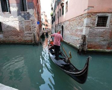 Photo for 1BR Apartment Vacation Rental in Veneto, Venice