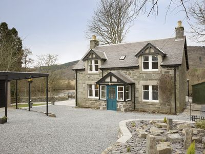 Photo for 3 bedroom accommodation in Aberfeldy, near Pitlochry