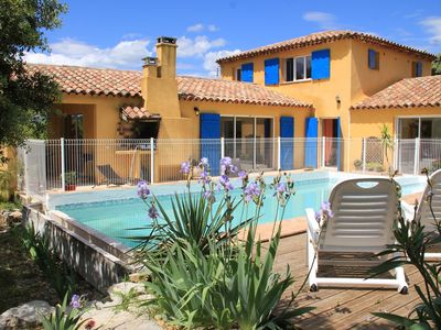 Photo for Quiet villa with swimming pool- Saint Mathieu de Tréviers