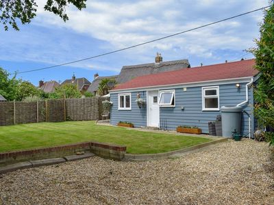 Photo for 2 bedroom accommodation in Brighstone, near Freshwater
