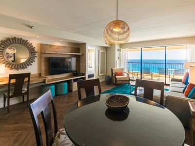 Photo for Premium Oceanfront Suite w/ Private Lanai, Washer / Dryer & Easy Walk to Beach