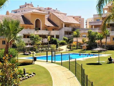Photo for Modern and spacious apartment with air-con & WIFI, Close to town centre, restaurants, bars and port