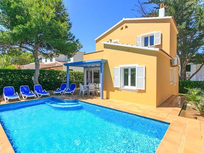 Photo for Villa Penny: Large Private Pool, Walk to Beach, A/C, WiFi