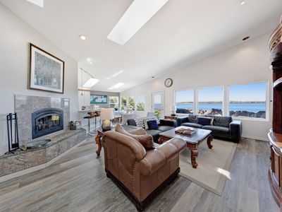 Photo for Comfortable bayfront beach house w/classic decor and ocean views!