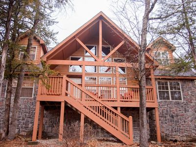 Photo for STONES THROW--4 Bd/4 Bth  in Stonebridge- 2 miles from Silver Dollar City