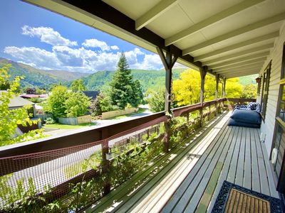 Soak up the expansive views into the hills around Arrowtown from the verandah