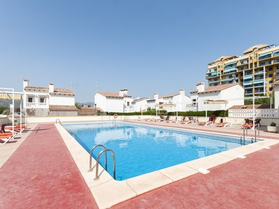Photo for BAMBU - Apartment with shared pool in Playa de Gandia.