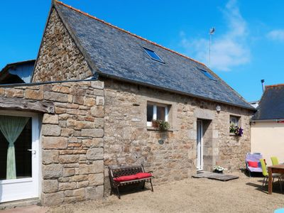 Photo for 1BR Villa Vacation Rental in Ploumilliau, Côtes-d'Armor