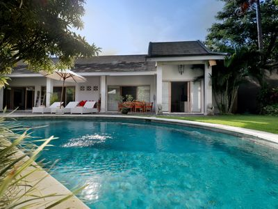 Photo for Villa Ananda Seminyak Central 10 mn walk to Oberoi