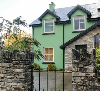 Photo for Wonderful property in the heart of Kenmare town beside everything