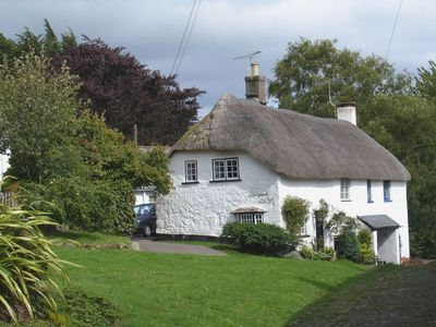 Photo for Little Gate Cottage, North Bovey