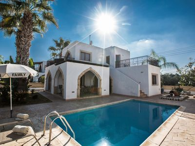 Photo for Villa Elena, Fabulous 3BDR Villa with Pool, Just a few minutes walk to the Beach