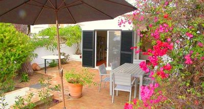 Photo for Townhouse Carla is a delightful 3 bedroom townhouse set in the popular Vale do Lobo resort in the heart of the Algarve. Located just a few minutes walk to the beach, bars and restaurants at the Praca.