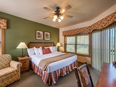 Photo for Log Cabin - Style Condo w/ Indoor / Outdoor Resort Pools & Minutes from Downtown